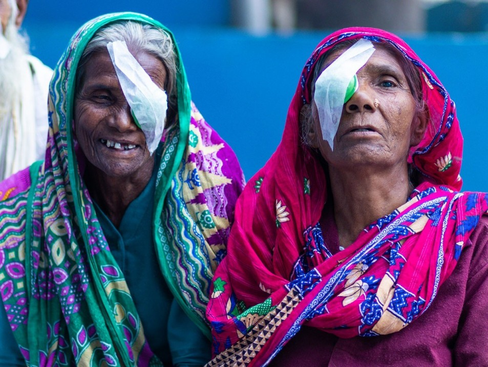 Cataract Surgery Without Injection